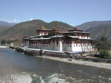 The Dzong (fortress-monastery) at Punakha; Henry David Shapiro ©2003