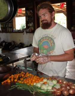 Nate Olive of Ridge to Reef Farm prepares a pepper and moringa sauce using ingredients mostly grown on the farm